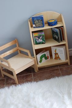 A simple first reading nook, love that there are only a few books to choose from. I am sure this would encourage little ones to actually interact with each book rather than pull piles of books to the floor - as toddlers do!!!