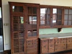 Kitchen cabinets that look like a 1930s science classroom would be so cool