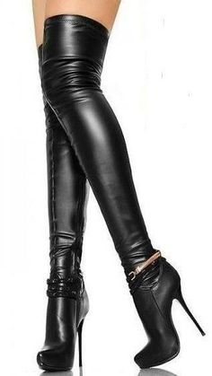 Black leather thigh boots with nice ankle chain detail #highheelbootsankle