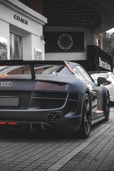 Audi R8 www.waltersaudi.com