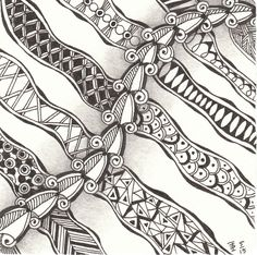 Play with zentangle patterns. Made by Francine Derks CZT 17.