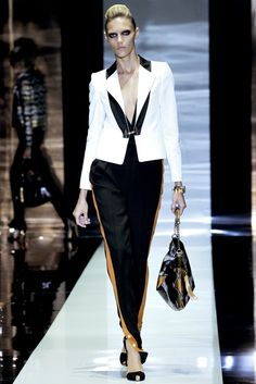 Gucci Spring 2012 Ready-to-Wear Collection Photos - Vogue
