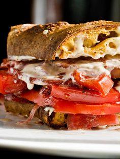 Tomato sandwich at Chef and the Farmer in Kinston, North Carolina. A Chefs Life Vivian Howard, Chef And The Farmer, My Favorite Food, Favorite Recipes, Southern Recipes, Southern Food, Tomato Sandwich, Delicious Burgers, Oui Oui