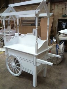 THE ORIGINAL CANDY CART ( COMPACT COLLAPSIBLE BUDGET EN...