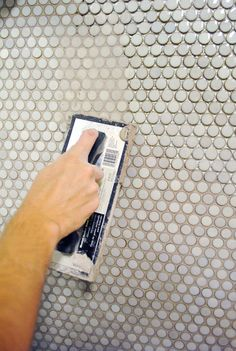 Best Decor Hacks : How to Grout Penny Tile Penny Tile Floors, Penny Round Tiles, Do It Yourself Inspiration, Tile Grout, Tiling, Tuile, Best Decor, Young House Love, Bath Remodel