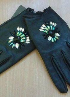 Kup mój przedmiot na #vintedpl http://www.vinted.pl/akcesoria/inne-akcesoria/8969798-nowe-skorzane-rekawiczki-z-cyrkoniami-rozmias-sm