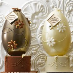 Café Pouchkine, along with MANY others with amazing Easter eggs made of chocolate :). I may have picked the best time ever to go to Europe. 3 days!!