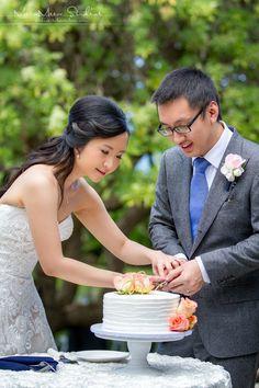 Kukahiko estate wedding by Hawaii Weddings by Tori Rogers, cake cutting, www.hawaiianweds@aol.com, meew mere studios photography, maui wedding planner, cake cutting, Maui Wedding Cakes