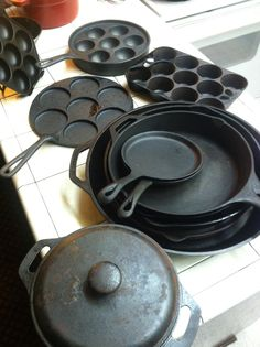 Cast Iron is pretty rewarding, addicting and a joy to hunt to restore and use. The æbleskiver pans are also perfect for corn muffins and blueberry muffins. Best Cast Iron Skillet, Foods With Iron, First Kitchen, Functional Kitchen, Kitchen Collection, Blue Berry Muffins, Griddle Pan, Cookware, Restoration