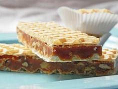Figaro štanglice recept - Kuhinja i Recepti Croatian Recipes, Food Cakes, Caramel, Cake Recipes, Waffles, Bakery, Good Food, Cooking Recipes, Sweets