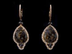 One of a kind! Oorbellen. Earrings. #Earrings #Oorbellen #Juwelen #Jewelry #LillyZeligman www.lillyzeligman.com