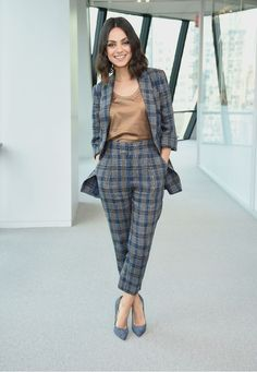 Mila Kunis in a tan blouse, a blue-and-gray plaid pantsuit and blue pumps at the screening of The Spy Who Dumped Me in N. Summer Business Casual Outfits, Casual Work Outfits, Professional Outfits, Business Outfits, Business Attire, Work Attire, Office Outfits, Classy Outfits, Business Professional