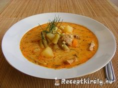 Cheeseburger Chowder, Thai Red Curry, Ethnic Recipes, Soups, Kitchens, Red Peppers, Soup