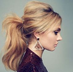 Ponytail hairstyles add stylish look in your personality and give you some perfect styles for occasion.You must try simple and easy Ponytail hairstyles. Party Hairstyles, Ponytail Hairstyles, Summer Hairstyles, Wedding Hairstyles, Hairstyle Ideas, Updo Hairstyle, Curly Haircuts, Hairstyles 2018, Retro Hairstyles