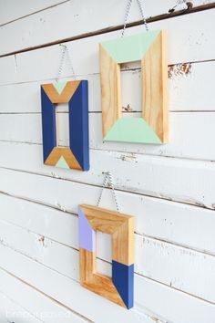 Turn boring, wood frames into chic home decor with a little bit of paint and an easy tutorial! Brepurposed shows you how to make these Easy Painted Frames! Easy Paintings, Painting Frames, Diy Painting, Block Painting, Home Crafts, Diy Home Decor, Do It Yourself Inspiration, Bath And Beyond Coupon, Trendy Home