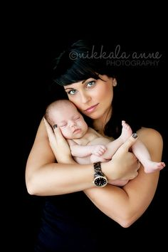 nikkalaannephotography.com  newborn baby photo session with mom