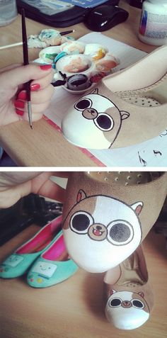 painting some shoes :) #adventuretime #bmo #cake