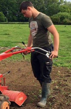 Do Men, Working Man, Young Boys, Farmers, Outdoor Power Equipment, Skateboard, Natural Rubber, Boots, Farm Boys