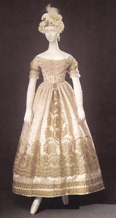 Silk tulle evening gown with gold-thread embroidery, ca. 1823.