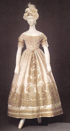 Material World: La Galleria del Costume, Silk Tulle embroidered in gold thread, circa 1823