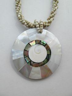 1 Halskette aus Brasilien Länge ca. 42 cm Ohr Hippie Goa Schmuck Shivaauge Nr.1