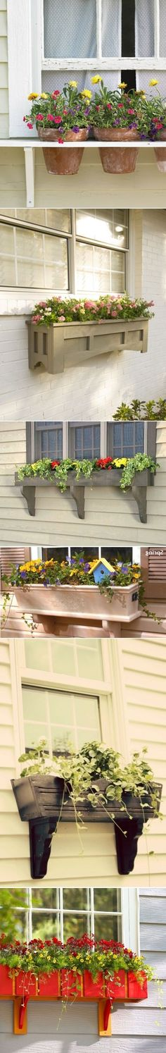 .Ventanas decoradas con maceteros