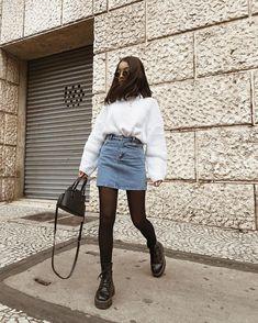 à la place avec la jupe noire – Fashion Inspiration – … – Amy Winter Dress Outfits, Winter Fashion Outfits, Look Fashion, Skirt Fashion, Autumn Outfits, Casual Outfits For Winter, Winter Outfits 2019, Denim Skirt Outfits, Black Dress Outfits