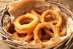 Receta de aros de cebolla al horno - Unareceta.com Baked Onion Rings, Onion Rings Recipe, Jack Daniels, Dips, Yummy Food, Yummy Recipes, Food And Drink, Appetizers, Lunch