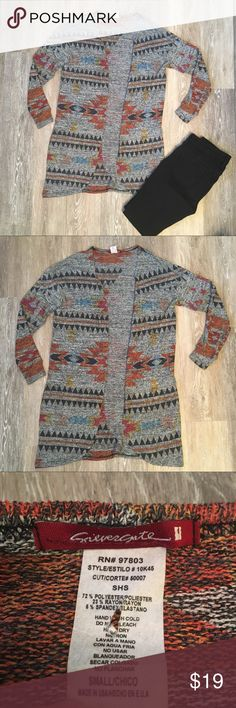 """Tribal Print Sweater In great condition Sweater that would look fabulous this fall with booties and Jeans. Lightweight and long to give it a flowy look. 72% polyester 23% rayon 6% spandex. 31"""" long, 21"""" wide. silver gate Sweaters"""