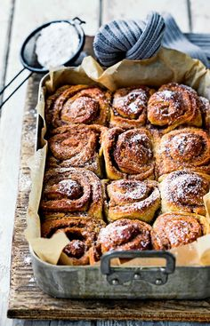 cinnamon buns - one of the most heavenly smells surely? Cinnamon Roll Muffins, Cinnamon Rolls, Rustic Food Photography, Good Food, Yummy Food, Danish Food, Pitaya, Bagels, Food Pictures