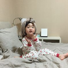 Cute Little Baby, Little Babies, Cute Babies, Baby Kids, Funny Baby Memes, Funny Kids, Cute Kids, Korean Babies, Asian Babies