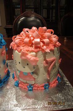Hello Kitty ribbon cake