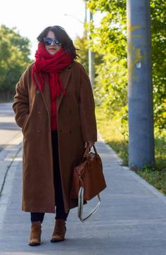 dark camel coat with red, babaton slouch coat, fall coat outfit, aritzia outfit