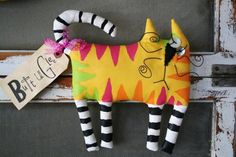 Cat Alley by buttuglee on Etsy