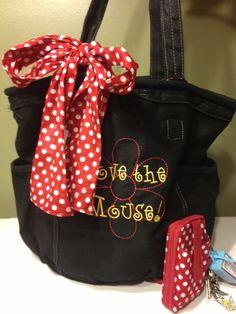 Everyone who who knows me, knows i love Disney!  Thirty  One bags, Disney style shopping www.mythirtyone.com/janskin