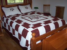 Texas A&M Aggies Bed Cover with Pillow Shams