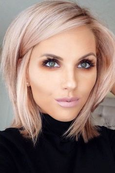 112 Best Blunt Bob Hairstyles For The Year 2019 - Style Easily Thin Hair Cuts bob cuts for thin hair 2018 Blond Rose, Pale Skin Blonde Hair, Pale Pink Hair, Rose Gold Hair Blonde, Pastel Hair, Medium Hair Styles, Short Hair Styles, Bob Styles, Hair Medium