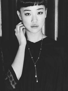 Aoi Yu (on hiatus) Yu Aoi, Japanese Sweet, Kawaii Girl, Sweet Girls, Pretty Hairstyles, Make Up, Actresses, Female, Chain