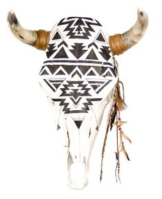 The lovely Gina Rodriguez owns one of our first renditions of this black and white hand painted cow skull. Located southwest of Crystal in the geographical center of the Navajo Reservation the Ganado Deer Skull Art, Cow Skull Decor, Cat Skull, Wolf Skull, Skull Artwork, Bird Skull, Skull Mask, Painted Animal Skulls, Antler Crafts