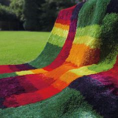 The Shaggy rug Collection by Arte Espina presents a generation of comfort inspiring high pile designs. Stunning colours that are rich in contrast and the rhythm of various yarns set the tone for the Tapis Funky, Funky Rugs, Colorful Rugs, Multicoloured Rugs, Rainbow Room, Rainbow Colors, Lounge, Vibrant Colors, Colours