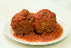 Rao's Meatballs With Marinara Sauce. This is one of the signature dishes at Rao's, the East Harlem red-sauce joint that is best-known for a loyal, boldface-name clientele that makes it difficult to get a table The restaurant now has satellites in Las Vegas and Los Angeles.