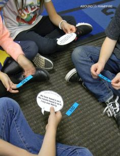 Telling Time Activities for Teaching Primary Students Telling Time Games, Telling Time Activities, Teaching Time, Kids Learning Activities, Time Games For Kids, Time To The Hour, Student Reading, Math Centers, Back To School
