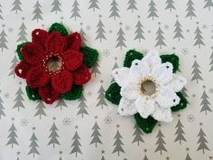 upcycled poinsettias crocheted around a milk jug ring are dainty and pretty as can be. Best of all they're beginner friendly and ever so easy..enjoy..