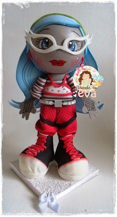 Vivendo em EVA: Fofuchas Monster High