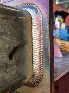Lovely uphand mig, around corners too Custom Metal Fabrication, Welding And Fabrication, Steel Fabrication, Welding Cart, Diy Welding, Welding Projects, Blacksmithing, Volleyball, Industrial