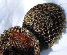 Renaissance Hat, Renaissance Hairstyles, Italian Renaissance, Elfin Hair, Medieval Costume, Medieval Hats, Banquet Dresses, Cross Designs, Crushed Velvet