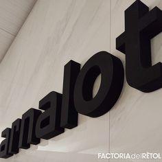 #retol #retolacio #vinil #lletrescorporees #arnalot #santfruitosdebages #factoria #factoriadelretol #wearefactoria Logos, Vinyls, Logo