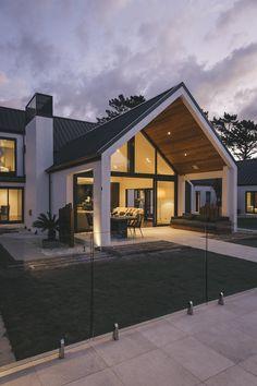 Dave Blanchard House Photos by Duncan Innes Photography Dream House Exterior, Dream House Plans, Future House, Design Exterior, Stucco Exterior, Building Exterior, Modern Farmhouse Exterior, Modern Home Exteriors, Modern House Styles