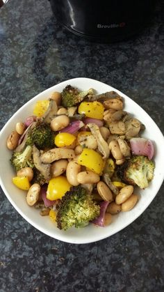 Butter beans & roasted veg. 1)Roast washed raw brocolli for 10 minutes with 1 tsp oil in an oven tray. 2)Add more of your favourite veg with the broccoli (I added mushrooms, red onion, yellow pepper) & add a further 1 tsp oil. Let it bake for 20 minutes. 3)Half way through I seasoned with black pepper, dry parsley & dry basil. Once baked, add lemon juice. 4)Boil butter beans in water & spices (I used Shan masala mix). 5)Combine the beans & roasted veg. Mix both of it well. 6)It's ready to…