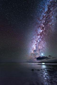 Venus and The Milky Way (at Laperusse Bay, Maui), 2013. Andrea Spallanzani